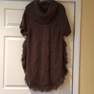 Short Sleeve Fringe Sweater
